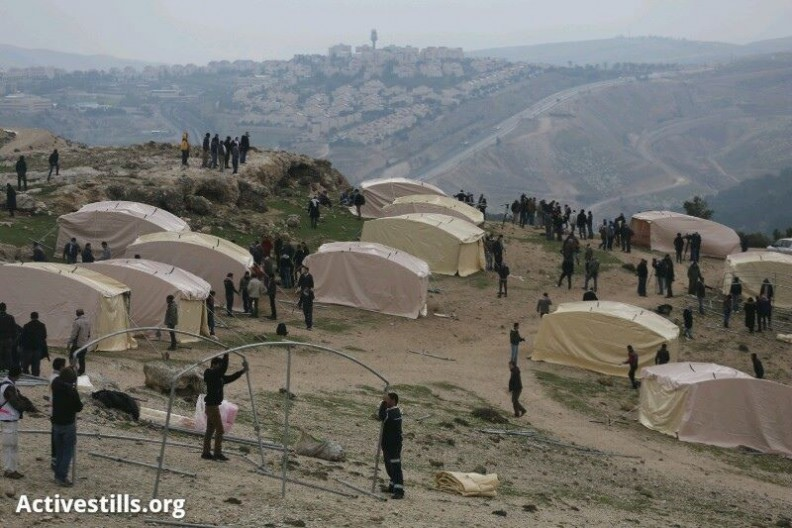 The establishment of Bab Al-Shams (Activestills.org)